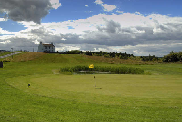 A view of green #3 at Eyemouth Golf Club (Barry Howells)