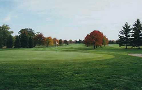 A fall view of green #17 at Crestview Country Club