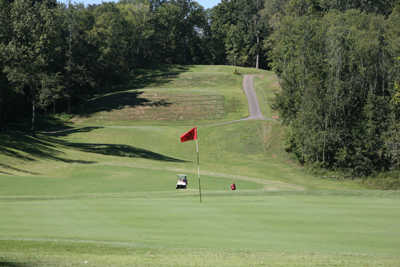 A view of a green at Mineral Mound State Park Golf Course.