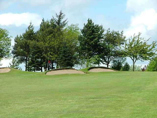 A view of hole #11 protected by bunkers at Dunnikier Park Golf Club