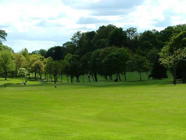 A view of the 10th green at Dunnikier Park Golf Club