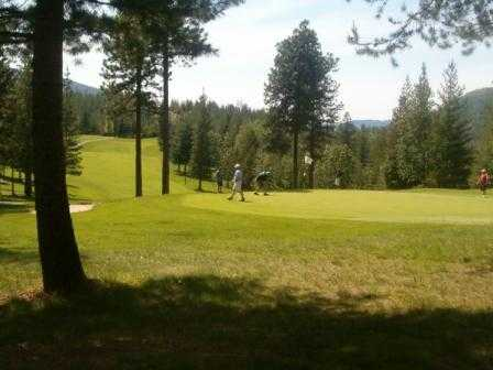A view of green #6 at Shoshone Golf & Tennis Club