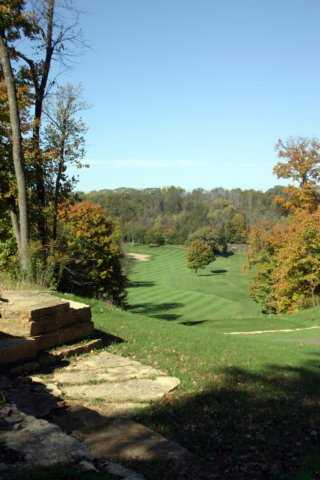 A view of the 2nd hole at Summit Golf Club