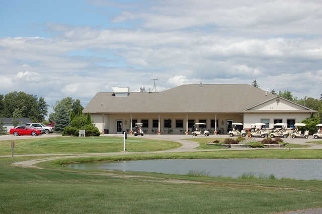 A view of the clubhouse at Holly Meadows Golf Course
