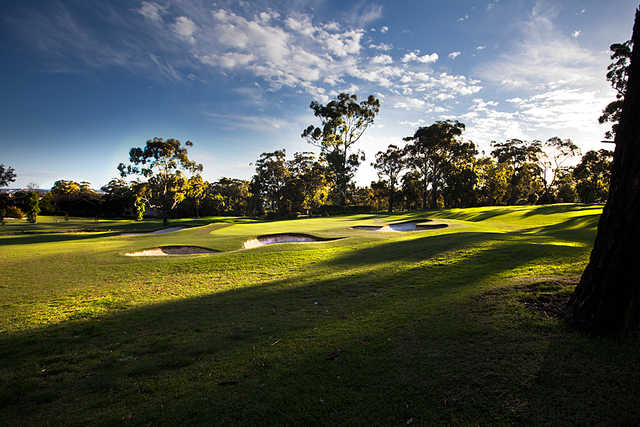 A view of the 3rd green at Oatlands Golf Club