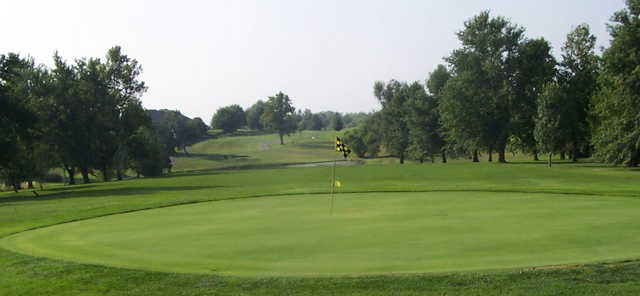 A view of green at Cameron Veteran's Memorial Golf Club