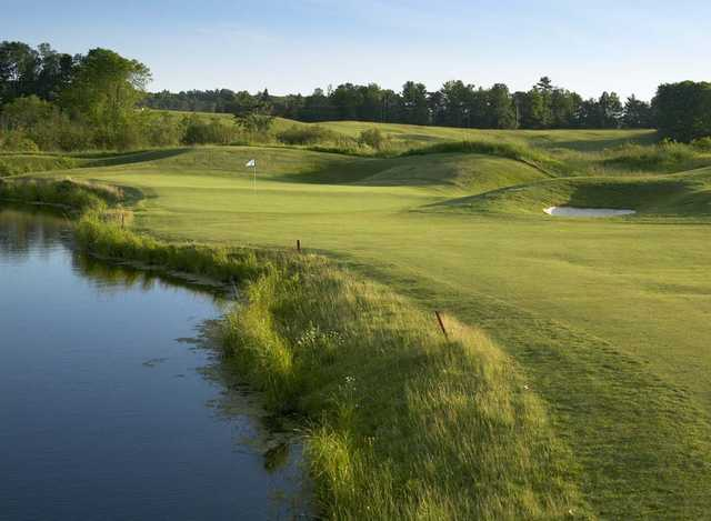 A view of the 5th hole at Deerhurst Highlands