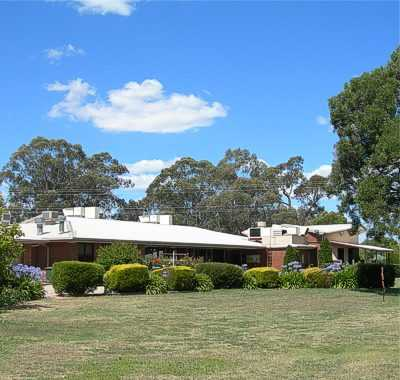 A view of the clubhouse at Benalla Golf Club