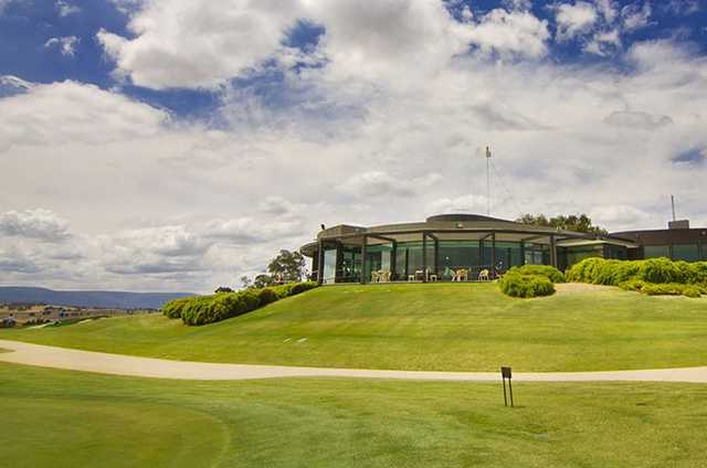 A view of the clubhouse at Growling Frog Golf Course