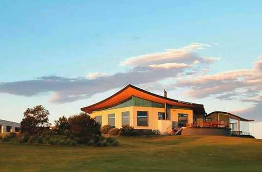 A view of the clubhouse at Portsea Golf Club