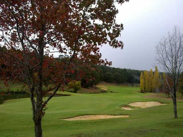 A view of the 18th green at Araluen Golf Resort
