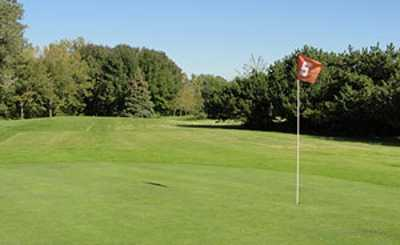 A view of the 5th hole at Doyne Park Golf Course