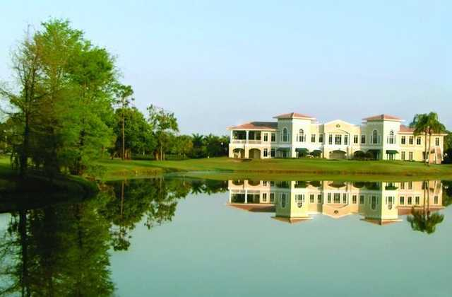 A view of the clubhouse at Imperial Golf Club