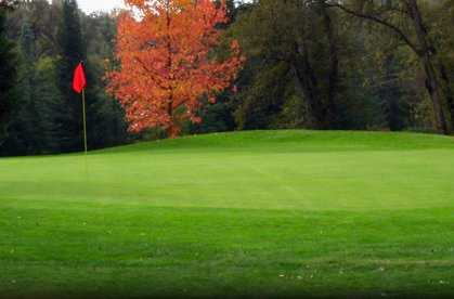 A fall view of green at Black Oak Golf Course