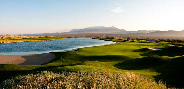 Paiute's Wolf: 12th green