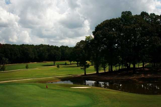 A view of hole #14 at Ole Miss Golf Course