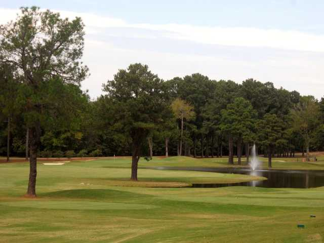 A view of green #4 at Ole Miss Golf Course