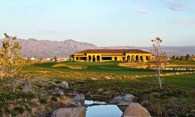 A view of the clubhouse and the 18th green at Los Lagos Golf Club