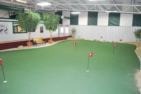 A view of the indoor putting green at Riverside Golf Academy