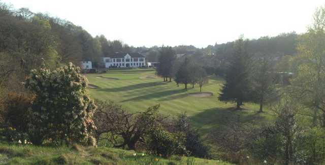 Douglas Park GC: #18 & clubhouse