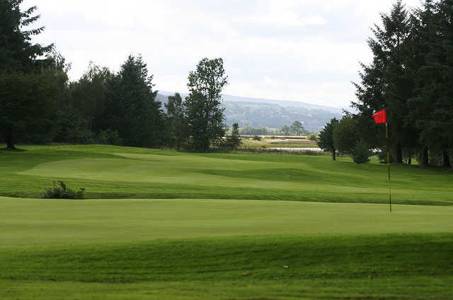 A view of the 15th green at Erskine Golf Club