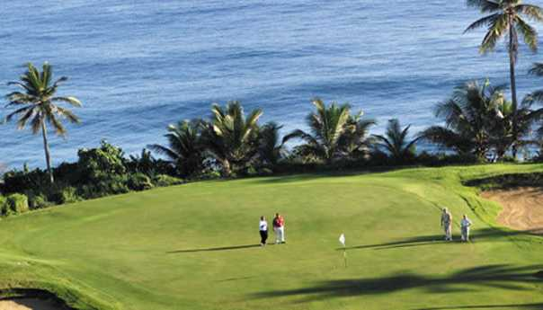 A view of the 10th green at Dorado del Mar Beach & Golf Resort