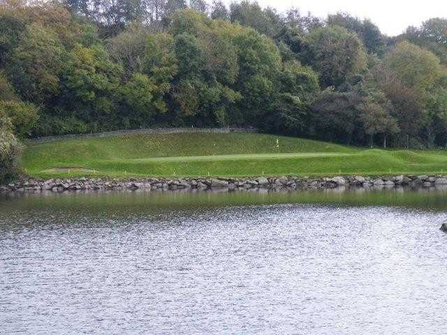 A view over the water of a green at Raffeen Creek Golf Club