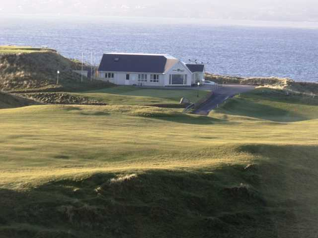 A view of the clubhouse at Cruit Island Golf Club