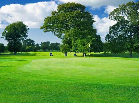 A view of the 3rd green at Denbigh Golf Club