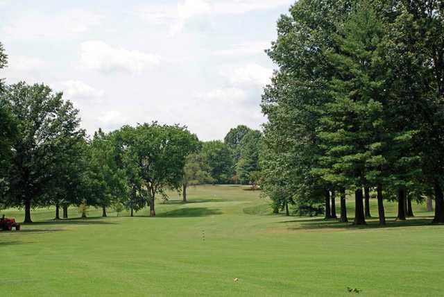 A view of the 18th fairway at Elk Run Golf Club