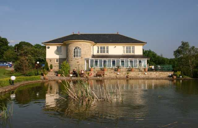 A view of the clubhouse at Pennant Park Golf Club