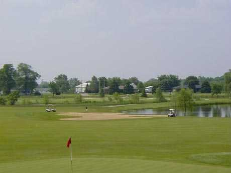 A view of the 5th hole at Blackberry Oaks Golf Club