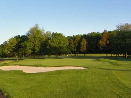 A view of the 8th green at Pohick Bay Golf Course