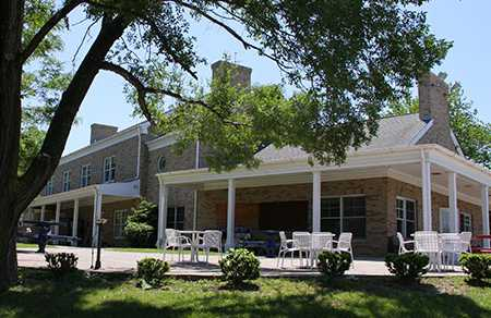 A view of the clubhouse at Highland Park Golf Course