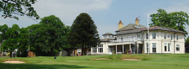 A view of the 18th hole and the clubhouse at Upton by Chester Golf Club