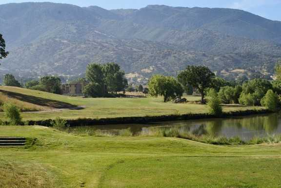 A view of the 3rd green at Horse Thief Country Club