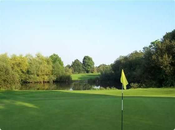 Water protecting the green at West Middlesex Golf Club