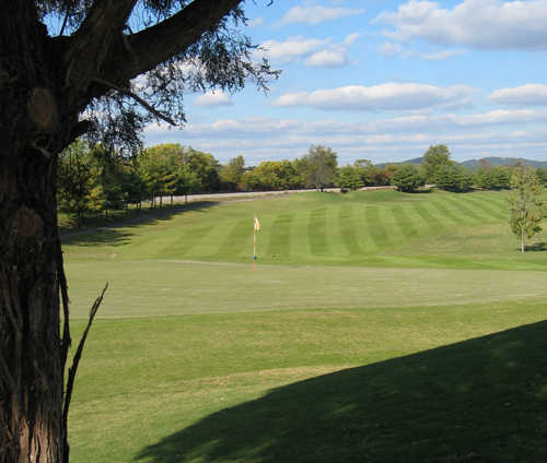 A view of the 4th hole at Millstone Golf Club