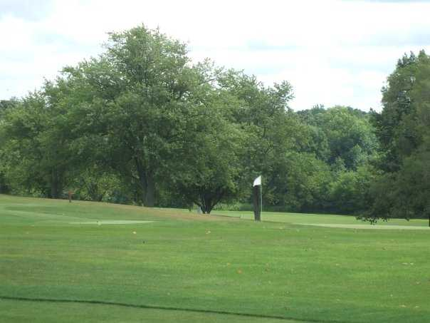 A view of the green at Cardinal Hills Golf Course