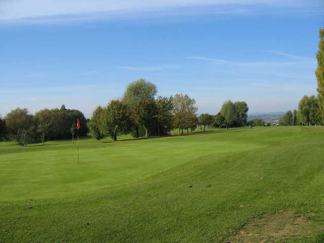 A view of green #14 at Humberstone Heights Golf Club