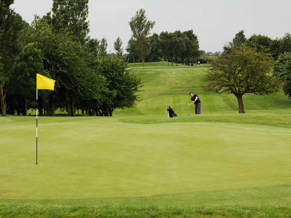 A view of the 18th hole at Lutterworth Golf Club