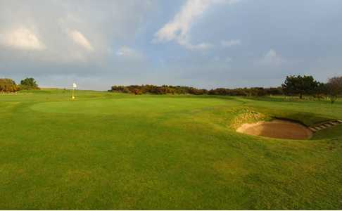 A view of green #8 at Sheringham Golf Club