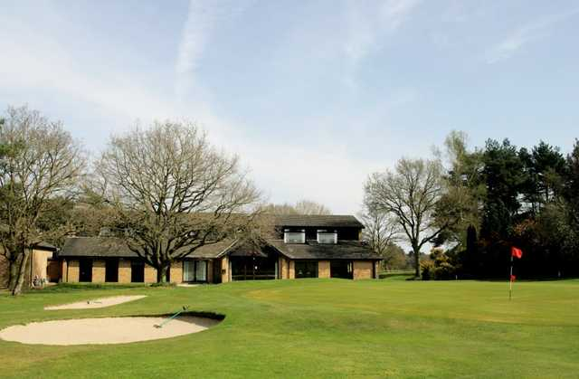 A view of the 18th hole with clubhouse in background at Thetford Golf Club