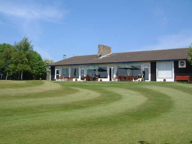 A view of the clubhouse at Bedlingtonshire Golf Club