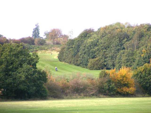 A fall view of a fairway at Banbury Golf Club