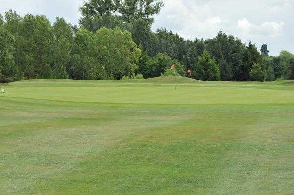 A view of the 17th green at Drayton Park Course from Drayton Park Golf Club