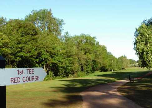 A view of the 1st tee sign at Red Course from Frilford Heath Golf Club