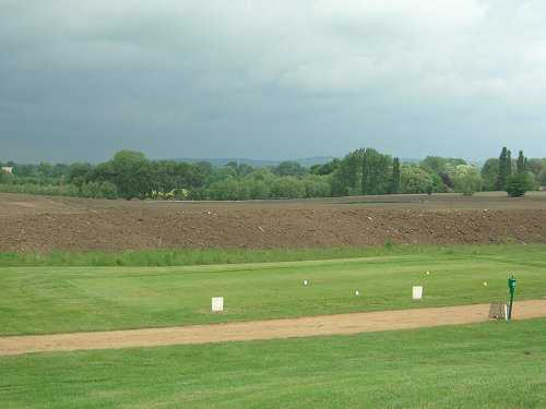 A view of tee #10 at Waterstock Golf Club