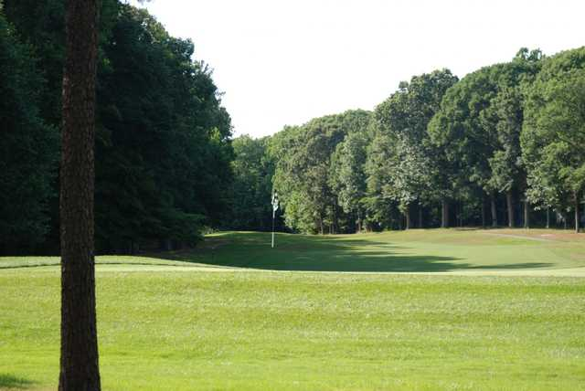 A view of the 12th green from Eighteen Hole at Hog Neck Golf Course