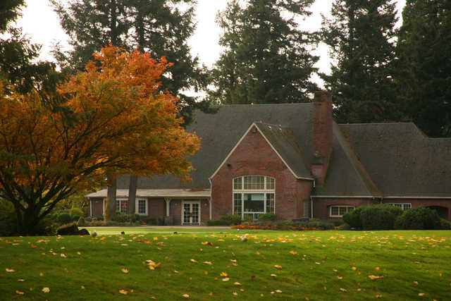 View of the Clubhouse at Rose City Golf Course